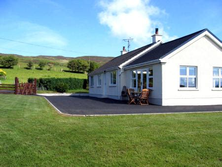 Portsalon Cottages by Cashelprehan Cottage Portsalon Donegal Ireland