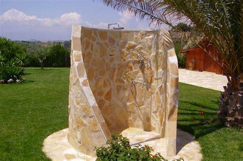 doccia per giardino docce da giardino in muratura casamia idea di immagine