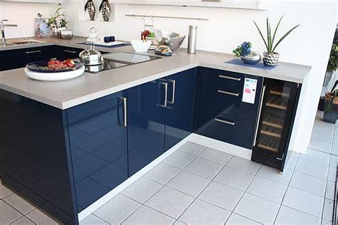 Küche Mit Insel by Schlafzimmer Betten Aus Holz