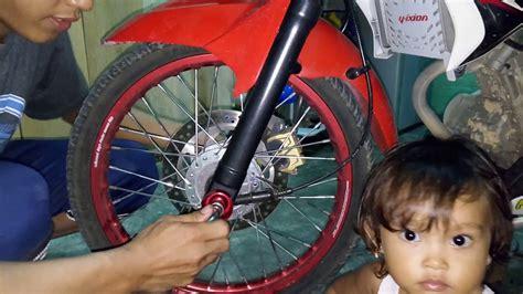 Jalu As Roda Max Variasi Jalu As Roda Motor cara memasang jalu as roda vixion universal