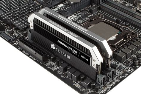 corsair dominator platinum series 32gb 2 x 16gb ddr4 dram 3000mhz c15 memory kit ebuyer