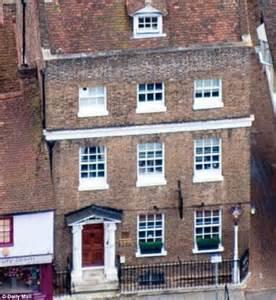 Home Improvement Online harry potter star rupert grint suffers a 163 48 000 loss on