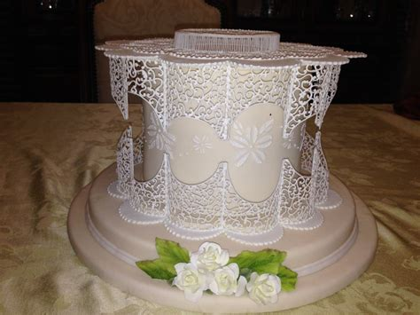 Royal Icing Unstructured Filigree Digital Filigree Box Class With Parrott Http Www Cake