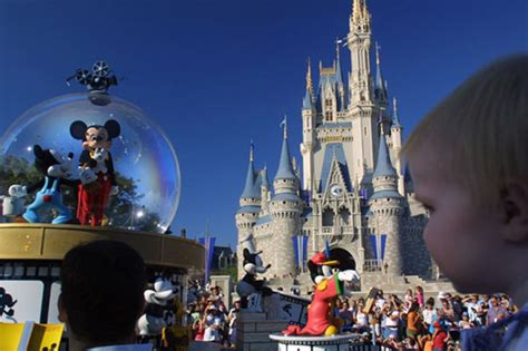 disney world uk planning a family holiday to disney world 10 top tips