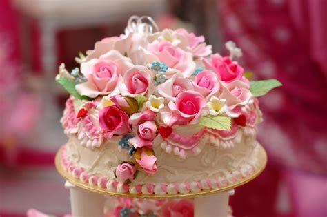 Foto Torte by So Bestellt Ihr Die Perfekte Hochzeitstorte