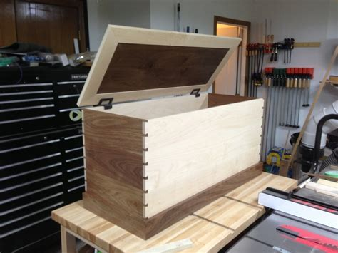 kades toy box  wood whisperer