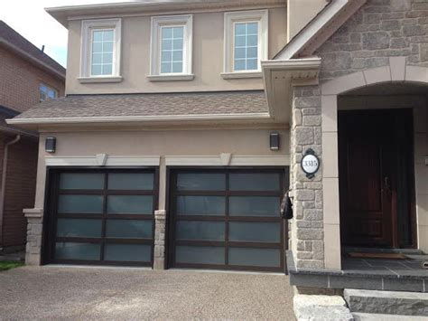 Overhead Doors Toronto Modern Garage Doors Contemporary Garage Doors Aliminum Garage Doors With Door Lites Installed