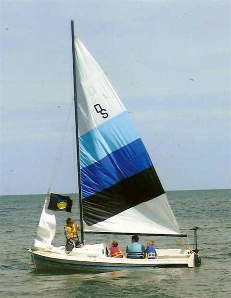 Cushion Custom Made O Day Daysailer 17 Sailboat For Sale