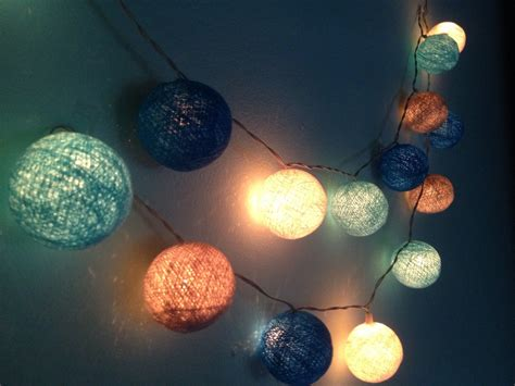 String Light in the Bedroom ? Playing Creativity with