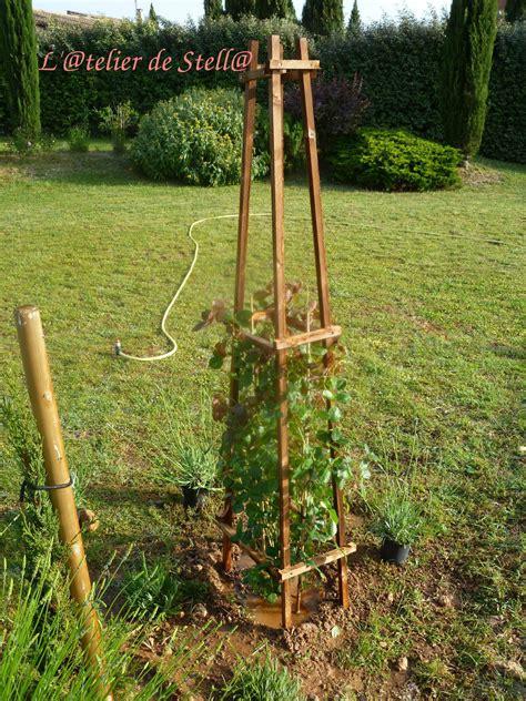 Support Plante Grimpante Bambou tuteur pour plante grimpante