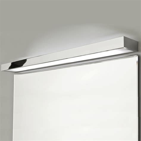 chrome bad beleuchtung moderne wandleuchte als perfekte indirekte badbeleuchtung