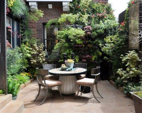 what is a courtyard small courtyard courtyards pinterest