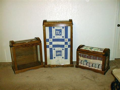 Quilt Curio by Kerry S Kollectibles