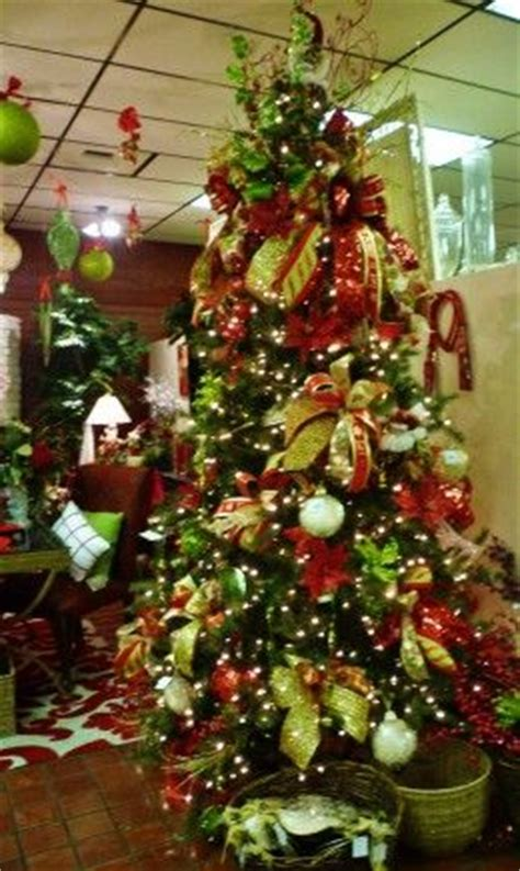 pin by hannah hall on decorated christmas trees pinterest