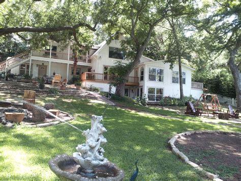 Gruene Cabin Rentals by Gruene Vacation Rental Vrbo 155331 8 Br Hill Country