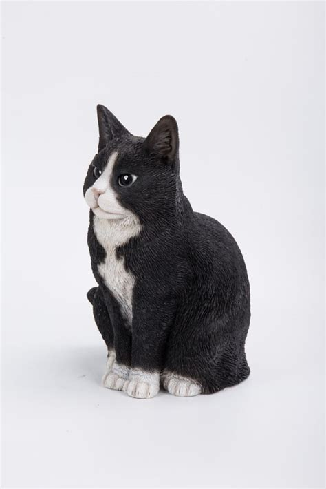 gift black  white cat sitting statue  home