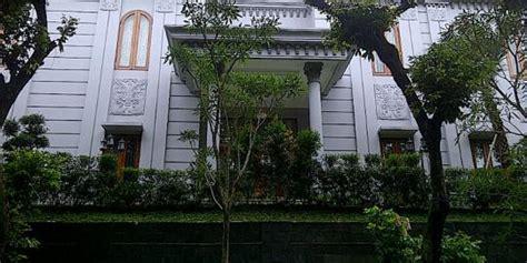 desain rumah siti nurhaliza bak istana 5 cerita rumah mewah bhatoegana bak istana eropa merdeka com