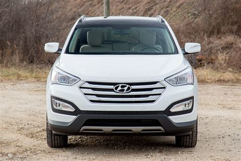 Hyundai Santa Fe Vs Toyota Rav4 Comparison Hyundai Santa Fe Sport 2015 Vs Toyota