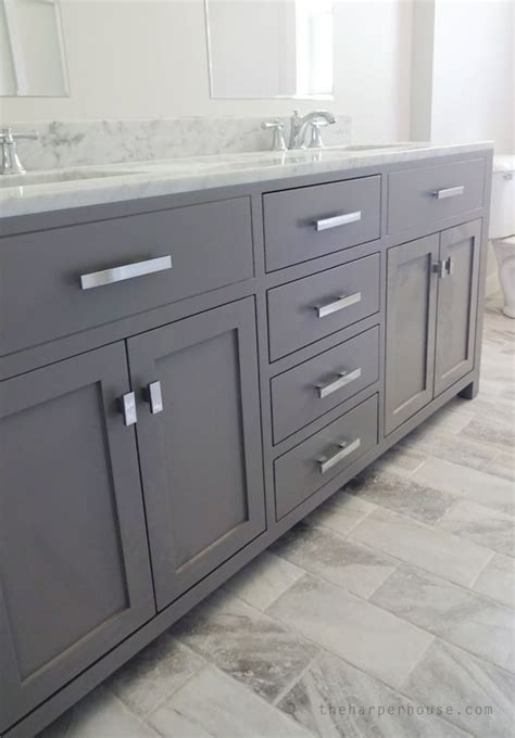 Grey Bathroom Vanity Cabinet 25 Best Ideas About Gray Bathroom Vanities On Pinterest Grey Bathroom Vanity Grey Framed