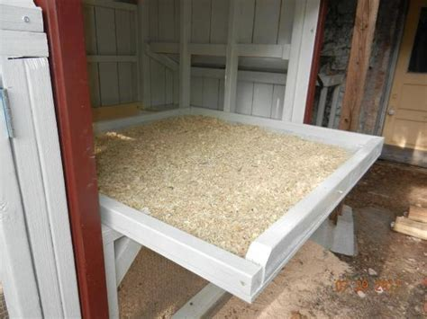 Chicken House Floor by Drawer For The Chickens Http Www Backyardchickens