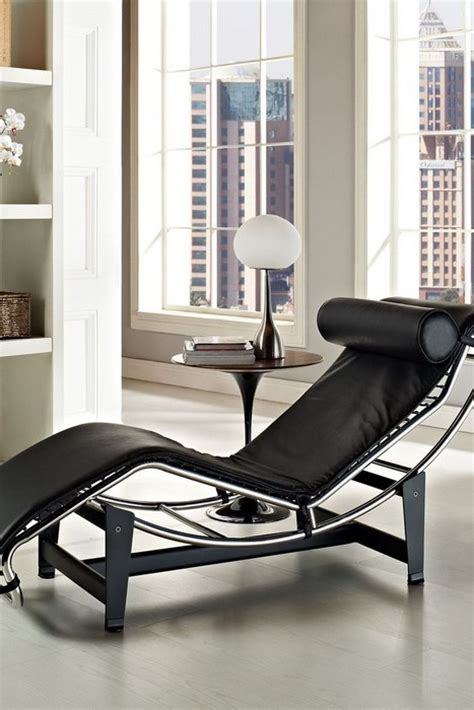 Le Corbusier Lounge Chair by 7 Lounge Chairs Interior Design Ideas