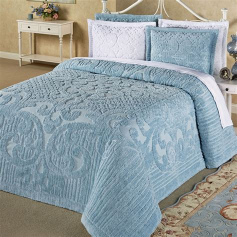 bed spreds ashton lightweight cotton chenille bedspread bedding