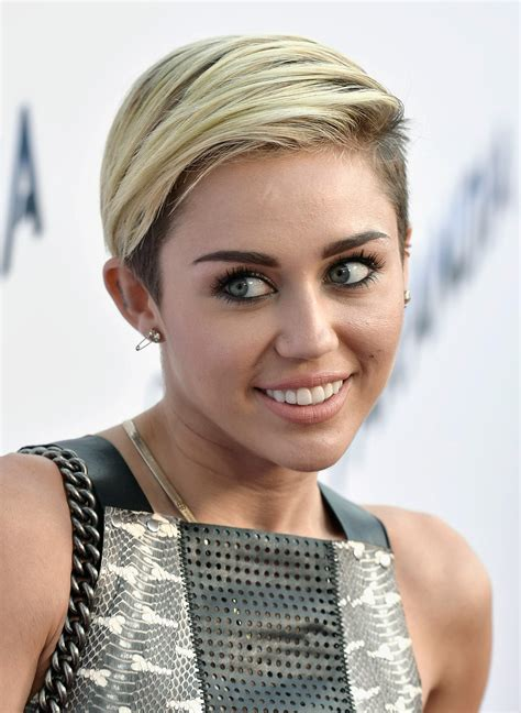 what is the name of miley cryus hair cut miley cyrus on her short hair i m breaking this stereotype