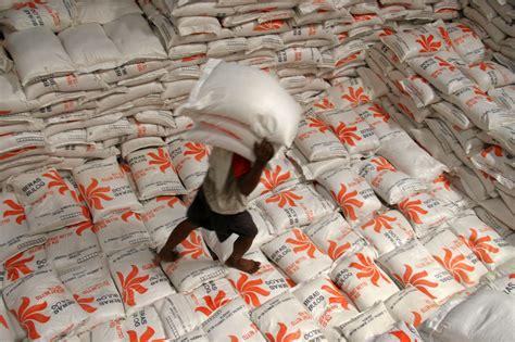 Jual Nes V Palembang serapan beras bulog rendah petani memilih menjual