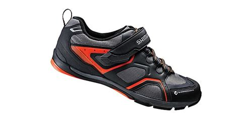 best commuter bike shoes shimano click r sh ct70 the 10 best cycling shoes for