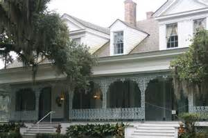 myrtle house meet the ghost of at the myrtles plantation b b