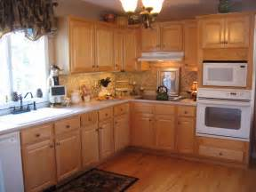 Colors For Kitchens With Light Cabinets Kitchen Color Ideas With Light Oak Cabinet Collections