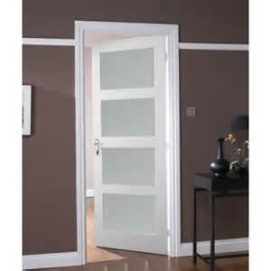 Jeld wen avesta internal white primed 4 panel shaker obscure glazed