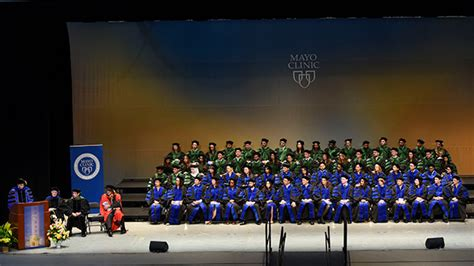Of Minnesota Mba Graduation by Commencement About Mayo Clinic College Of Medicine