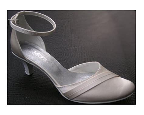 Schuhe Ivory Flach by Flache Brautschuhe In Ivory Bei