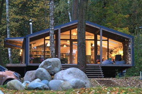 beautiful cabin pops up in ten days with minimal landscape