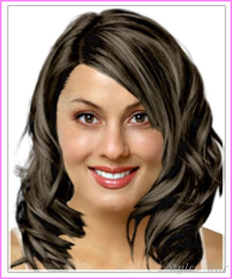 hairsyles to make an oval face younger best haircuts for oval shaped faces stylesstar com