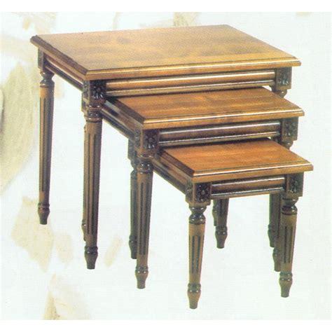 Table De Salon Gigogne 1243 by Table De Salon Gigogne 3 Tables Basses Gigogne Dolmen