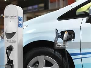 Electric Car Charging Station Boise Id Electric Car Recharging Batteries At A Charging Station