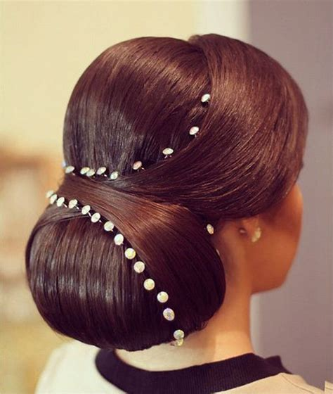 Bridesmaid Hairstyles For Black Hair by 20 Most Flattering Bridesmaid Hairstyles Everafterguide