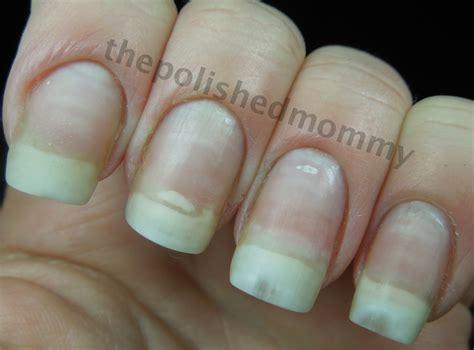 nail cracked how to repair a broken nail the polished