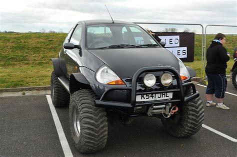 Kaos Custom Defender 1 ford ka bigfoot cars ford