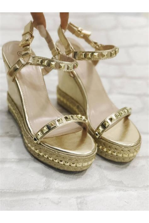 Wedges Gold Gliter Wedges Murah dollywood boutique gold metallic studded wedges