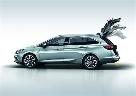 Opel Astra Sports Tourer by Opel Claims New Astra Sports Tourer Has Class Leading Cost