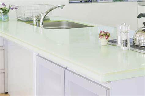 arbeitsplatte glas moderne arbeitsplatten in der k 252 che tipps und
