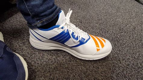 adidas howzat ar rubber cricket shoes review