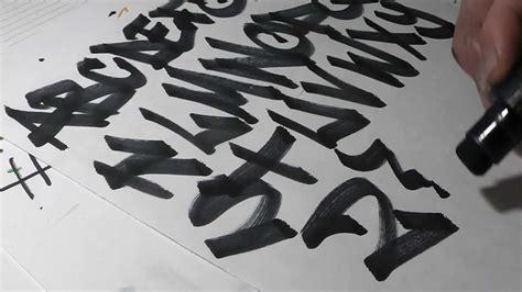 apprendre le tag sur papier alphabet action nozer graffiti