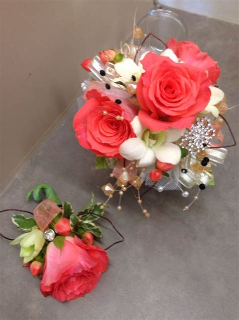 wrist corsages prom 2015 46 best homecoming flowers images on pinterest
