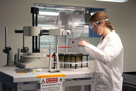 Lab Chemist by Eln 187 Chemistry Boston