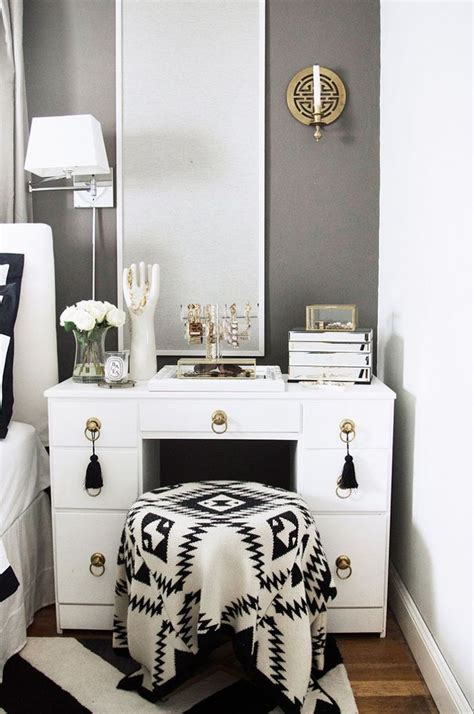 bedroom makeup vanity ideas 25 best ideas about vanity decor on makeup