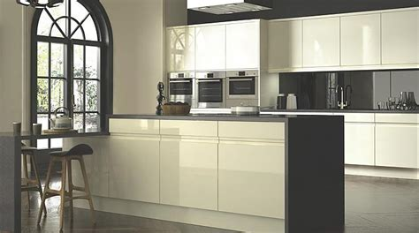 cooke and lewis kitchen cabinets kitchens no 1 kitchen retailer in the uk diy at b q